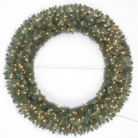 Lowes outdoor christmas wreath12 Best Outdoor Christmas Decorations for 2017   Christmas Lights  . Outdoor Wreath With Led Lights. Home Design Ideas