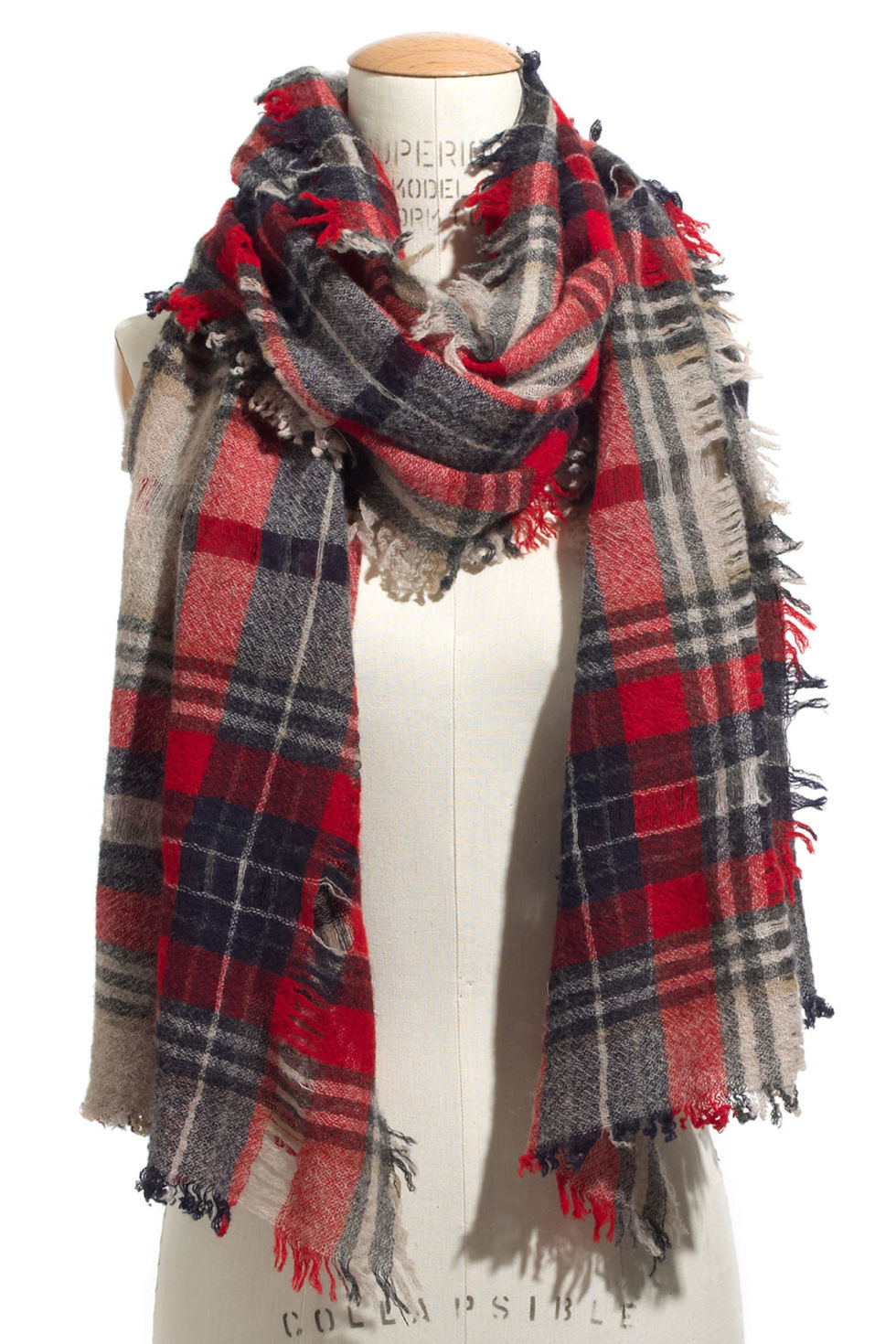 10 Best Plaid Scarves in Winter 2017 - Checkered Plaid and Tartan ...