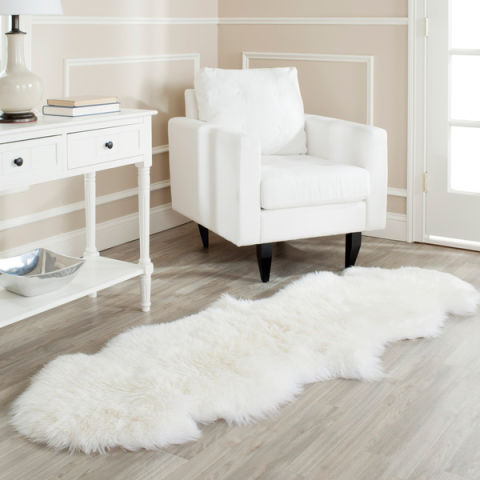 Superior ComSink Your Feet Into This Sheepskin Shag. The Unbelievably High Pile