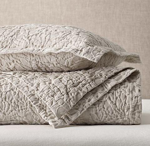 10 Best Matelassé Coverlets and Bedspreads in 2018 - Chic ... : matelasse quilt - Adamdwight.com