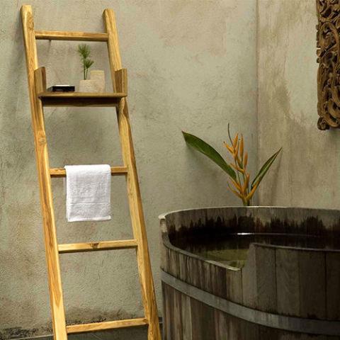Strata Furniture Freestanding Towel Ladder