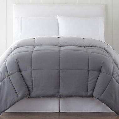 14 best gray comforters in 2017 chic grey bedding and duvet covers for Home design alternative comforter