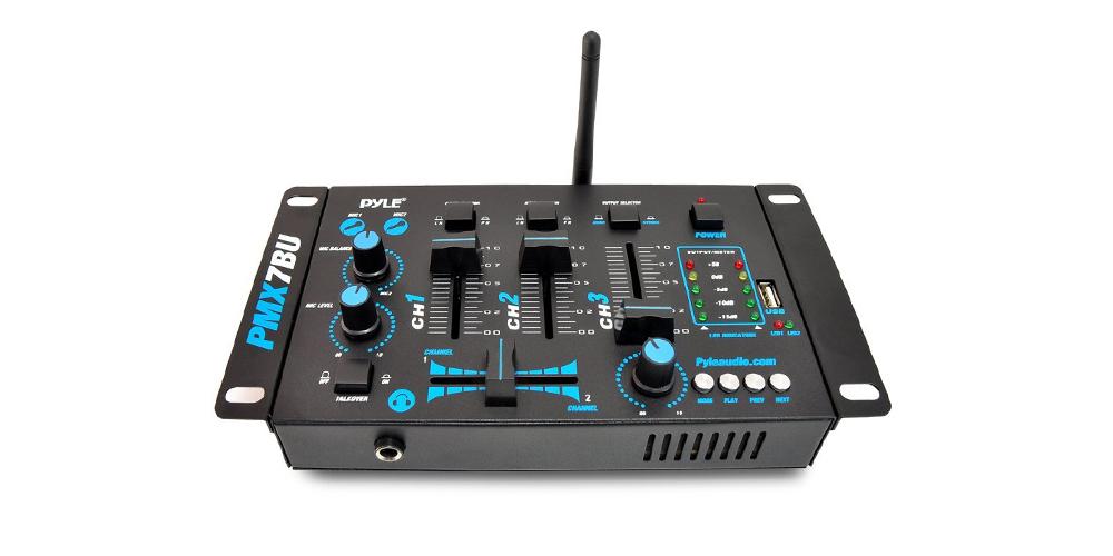 Dj Mixing Board For Beginners : 7 best dj mixers for beginners 2016 dj music mixers and controllers ~ Russianpoet.info Haus und Dekorationen