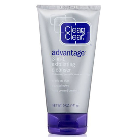 Facial cleanser with benzoyl peroxide