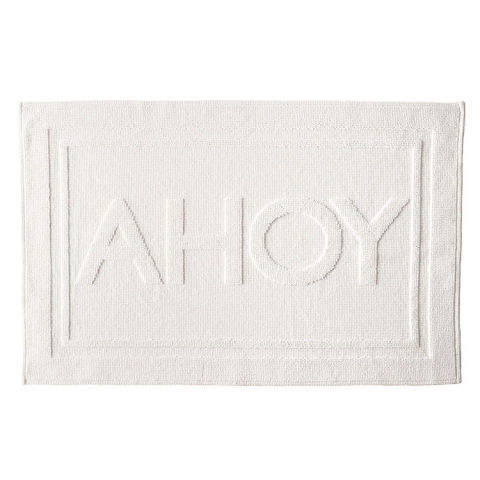Best Bath Mats And Rugs Absorbent Rugs And Mats For Your - White fluffy bath rug for bathroom decorating ideas