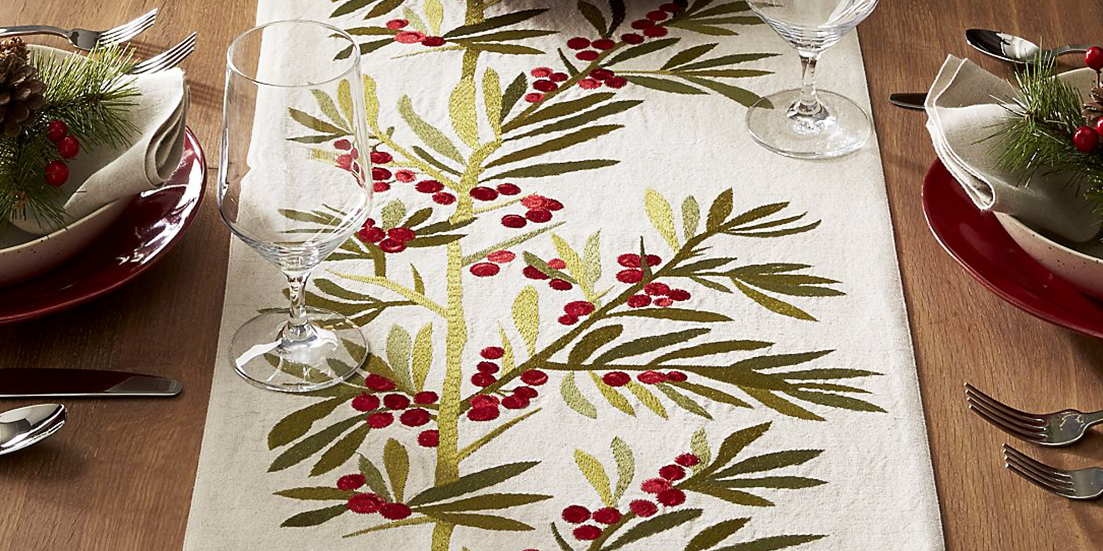 12 Best Christmas Table Runners And Linens In 2017