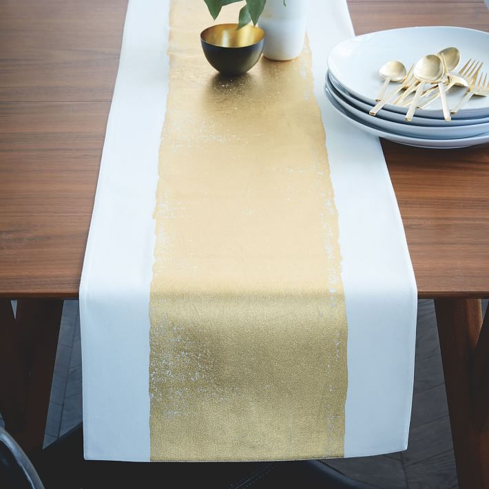 10 best christmas table runners and linens in festive holiday table runners