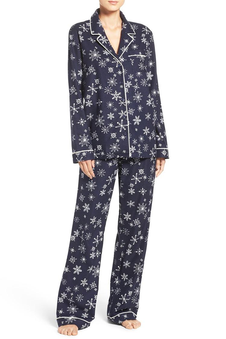 11 Best Christmas Pajamas for 2017