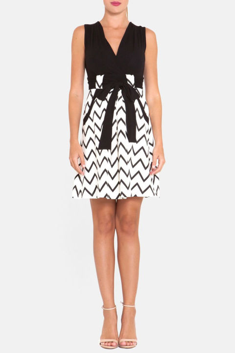 Beautiful Chevron Print Maternity Dress