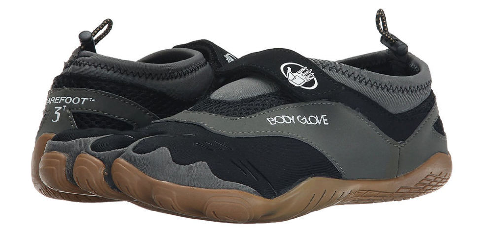 11 Best Water Shoes for 2017 - Waterproof Swimming Shoes for Men ...