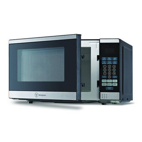 4 Westinghouse Wcm770ss 0 7 Cubic Foot 700 Watt Countertop Microwave Oven