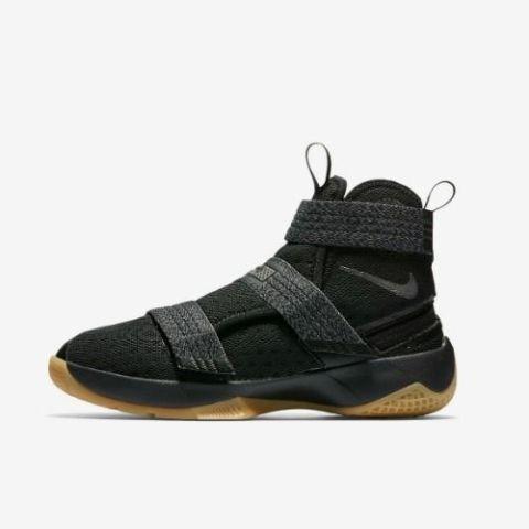 all black nike shoes kids