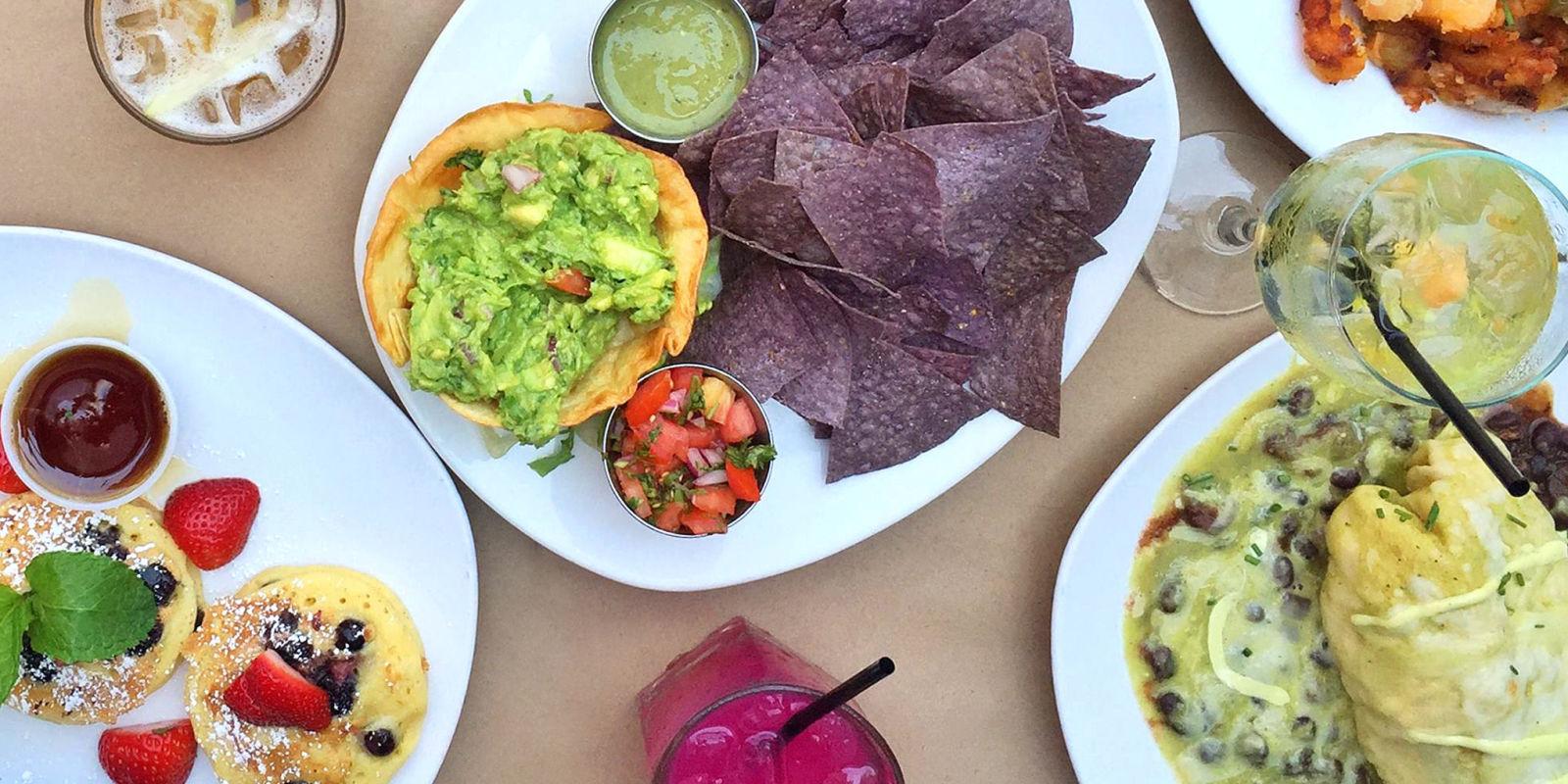 8 Best Bottomless Brunch Restaurants In NYC Where To Get Bottomless Brunch