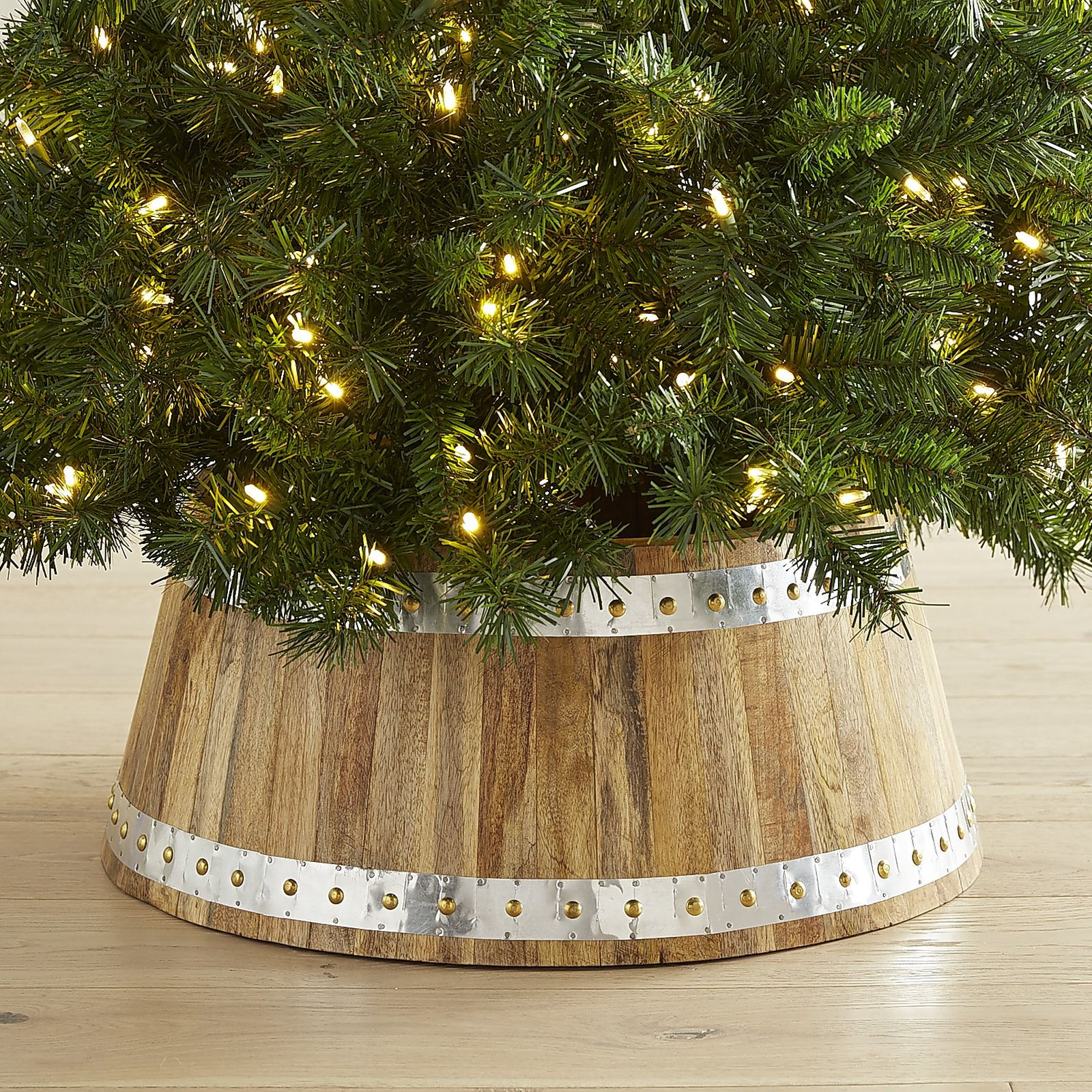 Best Christmas Tree Stand For Large Trees