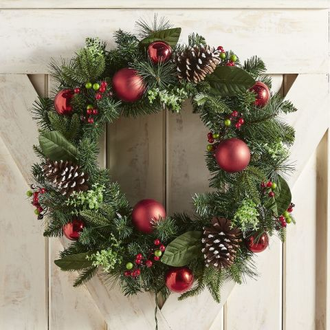 year decorated that artificial versatile round christmas be can all decor shabby wreaths chic used