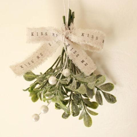 shabby chic christmas mistletoe